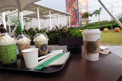 Our Drinks (HunnieBunch) Tags: starbucks skygarden smnorthedsa forchristmas giftshopping