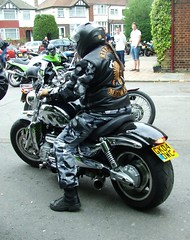 Rocket III leaving (kenjonbro) Tags: black 2004 chrome triumph rocketiii 2300cc 3cylinder