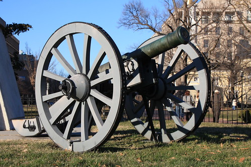 Jackson Monument Cannon