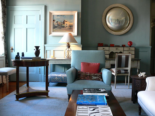 'Oval Room Blue' by Farrow & Ball: Shelia Bridges' blue living room