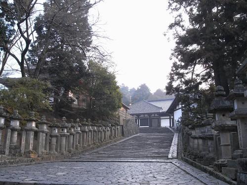 早朝の東大寺(二月堂編)-04