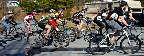 And theyre off! Superbowl of Singlespeed is a go.