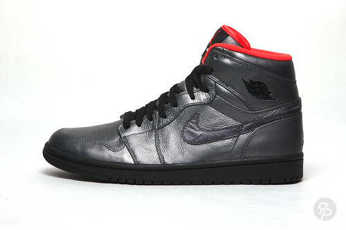 Air Jordan 1 Retro High Premier