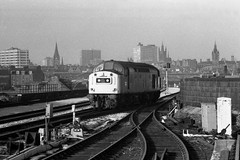 Class 40 40192 Aberdeen 21/3/82 (Stapleton Road) Tags: trains aberdeen locos whistlers class40 40192 railwayphotography diesellocos blackandwhiterailwayphotography