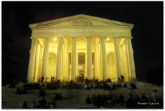 Thomas Jefferson Memorial (Ronaldo F Cabuhat) Tags: longexposure nightphotography travel vacation night canon photography washingtondc thomasjeffersonmemorial canoneosdigitalrebelxti cabuhat