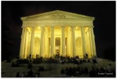 Thomas Jefferson Memorial (Ronaldo F Cabuhat) Tags: longexposure nightphotography travel vacation night canon photography washingtondc thomasjeffersonmemorial canoneosdigitalrebelxti cabuhat