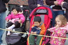 Kids watching the marathon