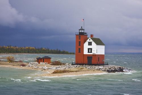 15 Incredible Photos of Michigan Lighthouses   Michigan