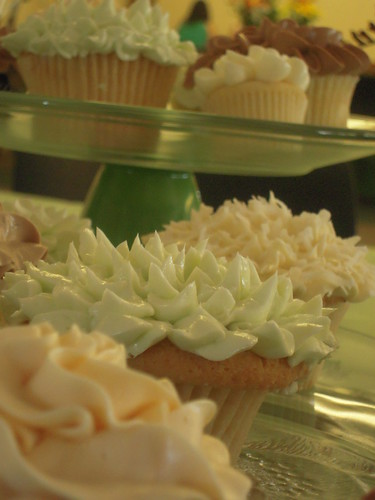 Jessica & Andy's Wedding Cupcakes