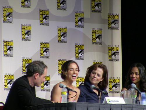 Eliza Dushku, Sigourney Weaver, Zoe Saldana