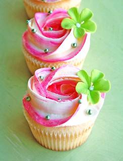 Pink n White Swirls