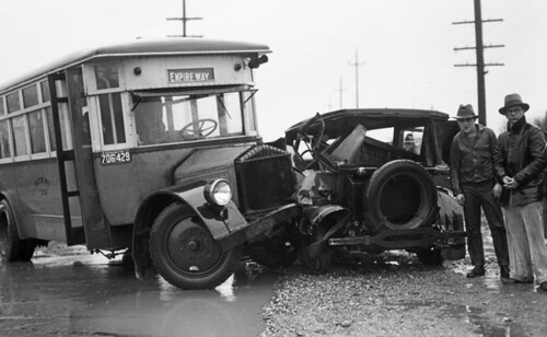 Bus accident on Empire Way, 1933