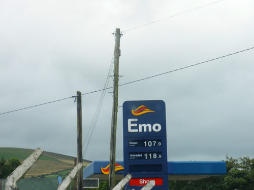 Going to Tinahely Agricultural Show 2009 - Emo station =)