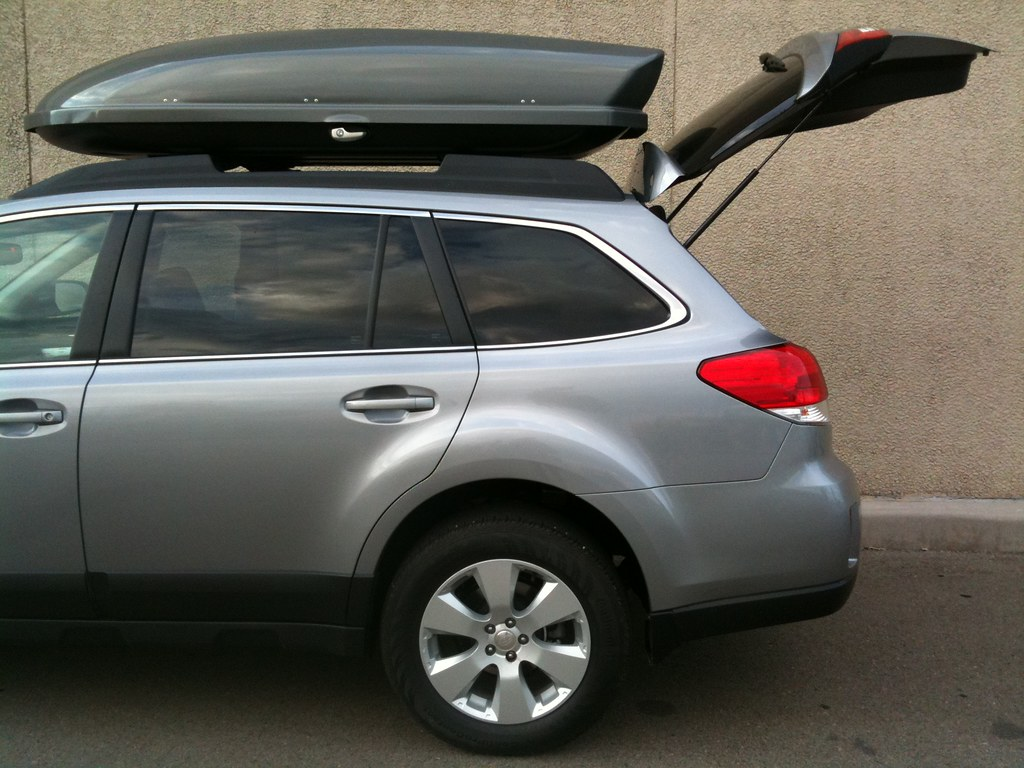 Yakima & Thule Roof Cargo Box Thread - Subaru Outback ...