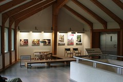 Eingangsbereich mit Kinderspielecke im Wikinger Museum Haithabu vor dem Museumsumbau - WMH 13-09-2009