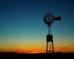 El molino de nuestro campo (DiEgo bErrA) Tags: sky black get mill field atardecer solitude negro molino cielo contraste campo late soledad resistance mywinners colorphotoaward theunforgettablepictures