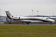P4-MIV - Private - Embraer EMB-135BJ Legacy - Luton - 090915 - Steven Gray - IMG_7208
