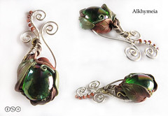 Essenza (Alkhymeia) Tags: autumn leaves foglie necklace wire italia handmade wrapped jewelry jewellery polymerclay fimo clay handcrafted foglia blatt autunno pendant jewel artesania cernit polymer wirework bijouterie metallo wirewrapping wirewrapped hechoamano artigianato ciondolo artigianale bizuteria polimerica bigiotteria arcillapolimerica filometallico pastasintetica alkhymeia