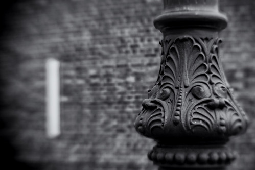Victorian Street-Light Detail. Single Glass Optic f/4, Lensbaby Composer.