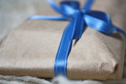 Simple Present Wrapping Close Up