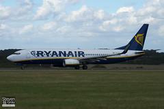 EI-DAI - 33547 - Ryanair - Boeing 737-8AS - Luton - 100824 - Steven Gray - IMG_2179