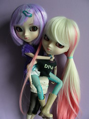 Piggy Back ride! (Redlolliop  *Coming back soon*) Tags: cute fun piggy back doll ride purple wig pullip lacey sfoglia rewigged celsiy
