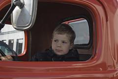 Flickr konur (helga 105) Tags: boy red iceland dodge oldcar strákur rauður canond350 helga105 gamalldodge
