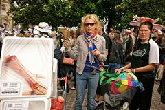 Veggie Pride - Marche des fierts vgtariennes (dprezat) Tags: paris des veggie alpha 700 animaux leshalles prideveggievgtarienmarchemanifestationmanifdfilcontestprotestdroit animalscledastreetpeoplesony