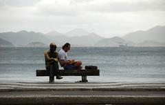 O Poeta e seus amigos (jcfilizola) Tags: copacabana drumond