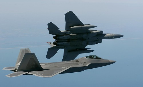 Fighter airplane picture - F-22 Raptor