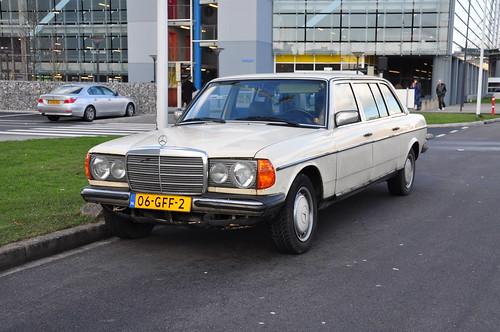 1980 Mercedes-Benz 300D Long