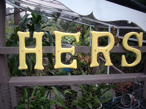SANDY'S ORCHID HOUSE