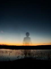 espectro (Sebastián Guerrero) Tags: shadow santacruz atardecer jump bolivia espectro fantasma ghoust lomasdearena sonyh7