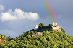 Stirling Castle (Stuart Stevenson) Tags: castle scotland rainbow canon300d stirling scottish thunderstorm stirlingcastle polariser canonef70300mmf4056isusm stuartstevenson stuartstevenson