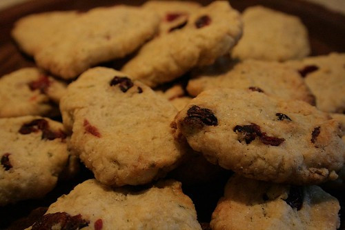 Rosemary and vanilla flavoured biscuits with dried cranberries