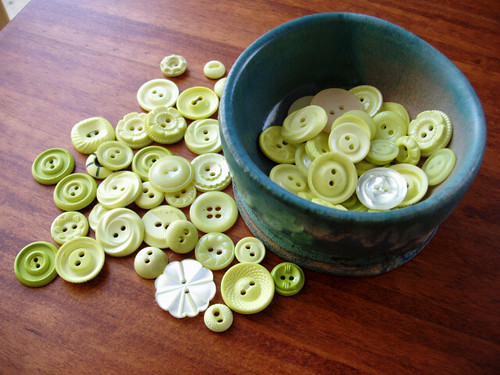 dyed buttons