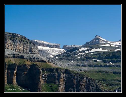 Ordesa - Brecha de Rolando y El Casco (3006 m.)