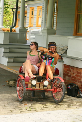 meg and mad on cart2