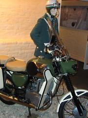 "VoPo mit ""MZ TS 250 F"" ... (bayernernst) Tags: berlin bike germany deutschland europa europe small motorcycles bikes august ddr polizei 2009 mz zschopau berlinmitte veb blaulicht kfz zweirad vopo volkspolizei mzts kraftfahrzeug motorradwerkzschopau polizeimotorrad meinberlin flickrblick derflickrblick smallmotorcycles vebmotorradwerkzschopau ddrmotorradmuseum 11082009 mzts250f ts250f sn206971"