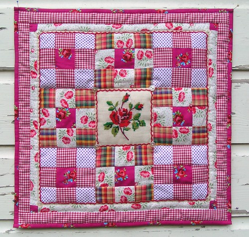 Summer rose miniquilt