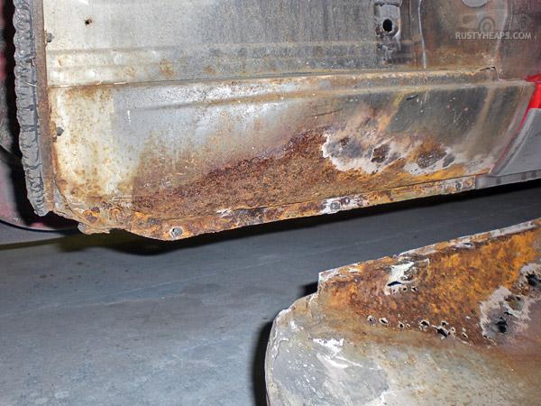 1967 MGB GT - inner sill, front