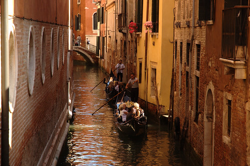 Traffic on canals :)