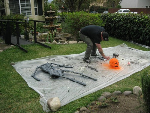 painting the lava creep