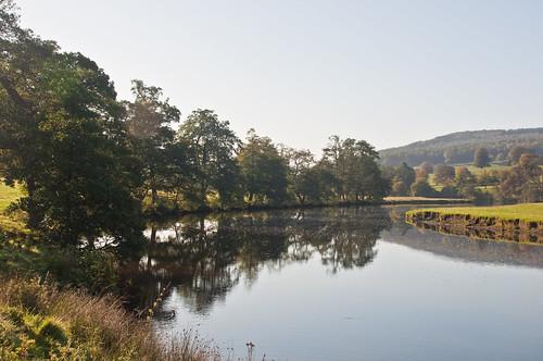 River Derwent at Chatsworth, Derbyshire, England, Oct. 2009 - flckr - PhillipC