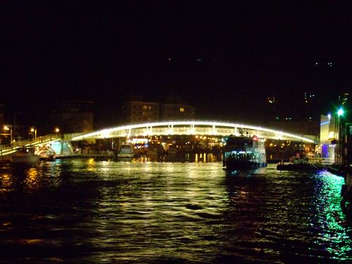 鼓山輪渡站_1號船渠的哈瑪星景觀橋_夜景03