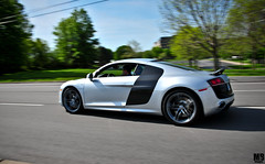 Audi R8 V10 (Matthew Britton) Tags: auto motion car silver matt moving nikon action matthew engine fast images carbon fiber audi mb v10 britton r8 d300s