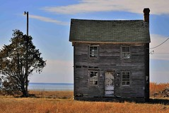 Abandoned House on Hooper Island (IRainyDays) Tags: maryland abandonedhouse hooperisland