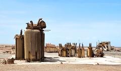 Sculptures of desert, abandoned train arsenal in Atacama Desert (Fernando Mandujano Bustamante) Tags: chile sculpture art tren trains escultura ruinas desierto scrap arsenal maestranza chatarra atacamadesert
