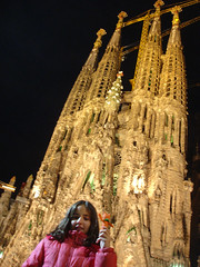 Mar in front of Sagrada Familia with Uncle Phil