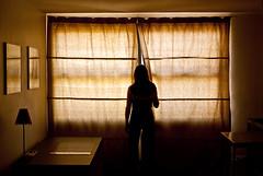 Ils arrivent... (janbat) Tags: light france window jaune 35mm table lampe nikon women desk bureau lumire femme f2 yelow d200 carole toulouse nikkor fentre rideau cadre jbaudebert